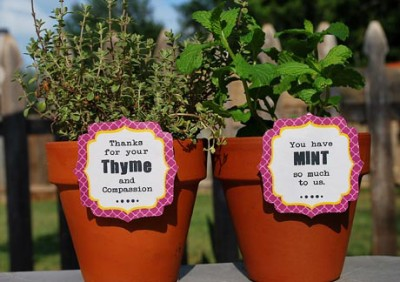 Free Printables : Thank You Labels — Clumsy Crafter