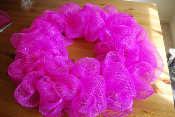 decomeshwreathpink11 Deco Mesh Wreath Tutorial