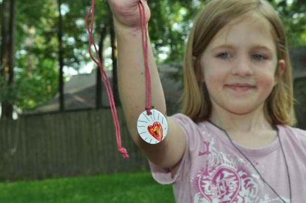 blogshrinkygift Shrinky Dink Pendants Tutorial ~ Mothers Day