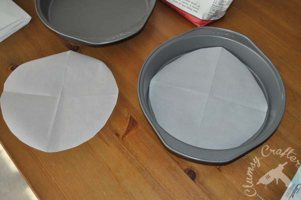 How To Grease A Cake Pan Without Parchment Paper