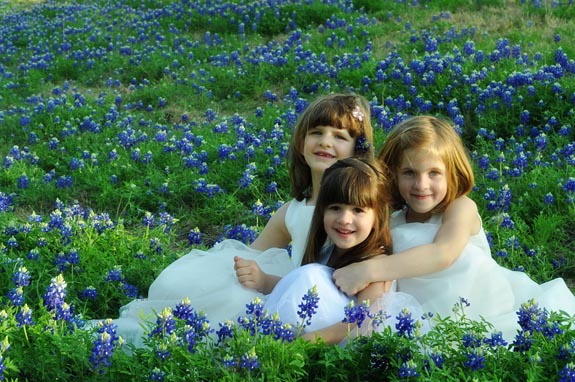 Bluebonnet pictures with Family - Clumsy Crafter