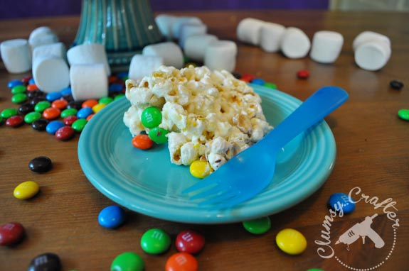 Popcorn Cake from Clumsy Crafter - Great Gluten free cake option for kids