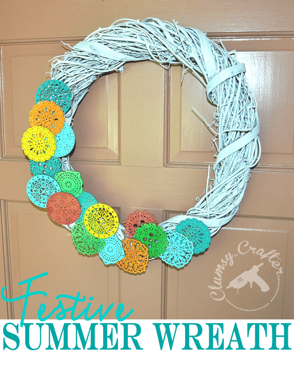 Festive DIY Summer Wreath from Clumsy Crafter