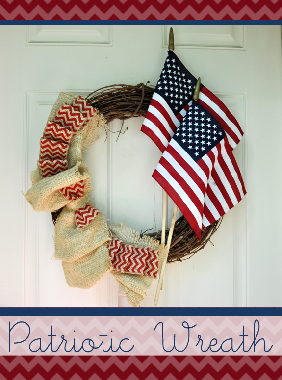 Great wreath for 4th of July from Clumsy Crafter