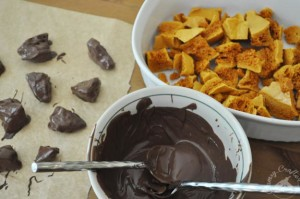 Chocolate Covered Honeycomb Candy Recipe – It's the Bees Knees