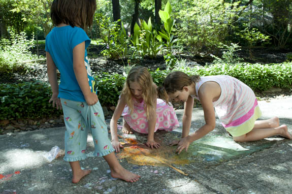 Summer fun exploding chalk