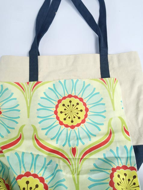 how to change a tote bag