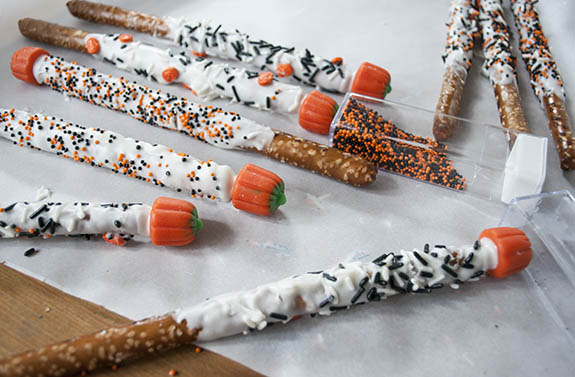 marshmallow pumpkins and pretzels