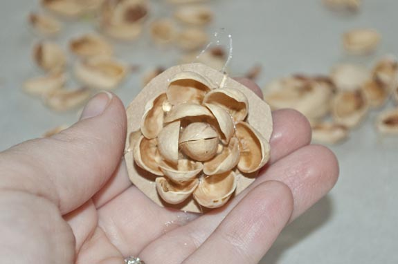 How to make a flower from Pistachio shells