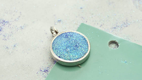 Make your own glitter necklace clumsy crafter how to make a glitter pendant necklace mozeypictures Images