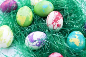 How to Make Marbled Easter Eggs Using Butter