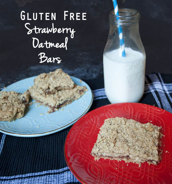 Gluten Free Strawberry Oatmeal Bar Recipe from Clumsy Crafter