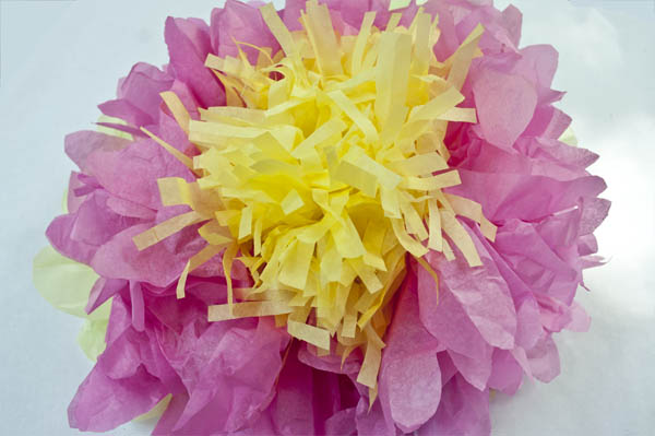 how to make a fancy tissue paper flower