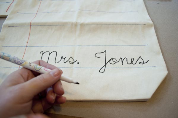 how to make a personalized tote bag - great gift idea