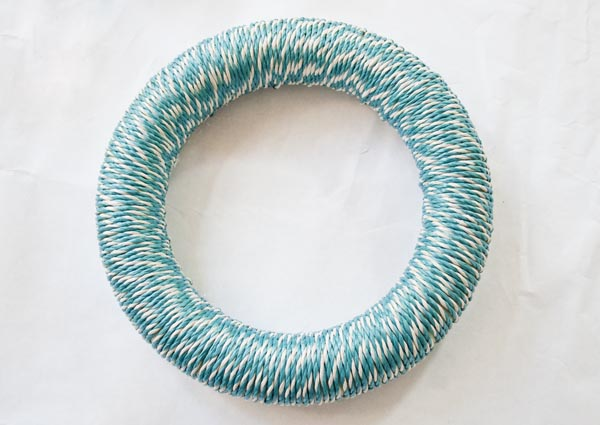 wrapped wreath form