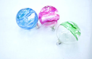 Melted Crayon Christmas Ornaments – You Won't Believe How Pretty They Are!