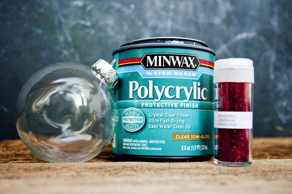using polycrylic to make glitter ornaments