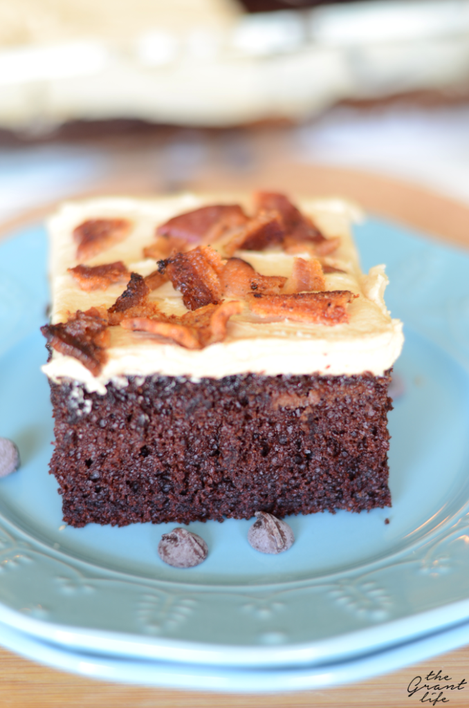 Chocolate-peanut-butter-bacon-cake1