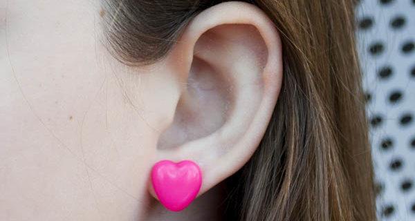 Biggie Perler Beads to Heart Earrings – Melt Things!