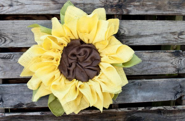 how to make a sunflower burlap wreath