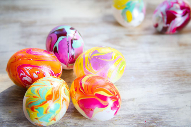 nail polish easter eggs from Hello Glow