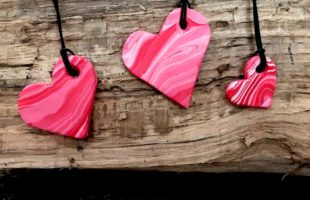 Simple Heart Pendants – DIY Polymer Clay Necklace