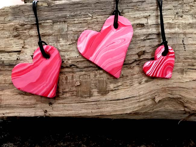 DIY Heart pendants from polymer clay