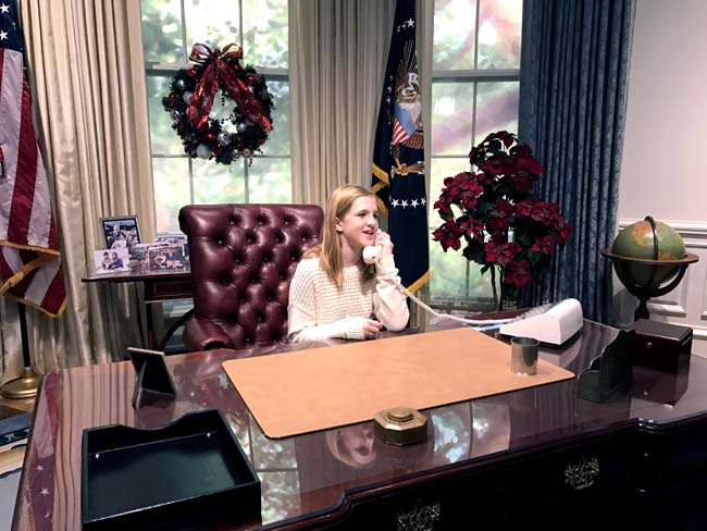 grace-in-the-oval-office