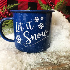 Let It Snow – Free Cut File – Make These Super Cute Mugs!