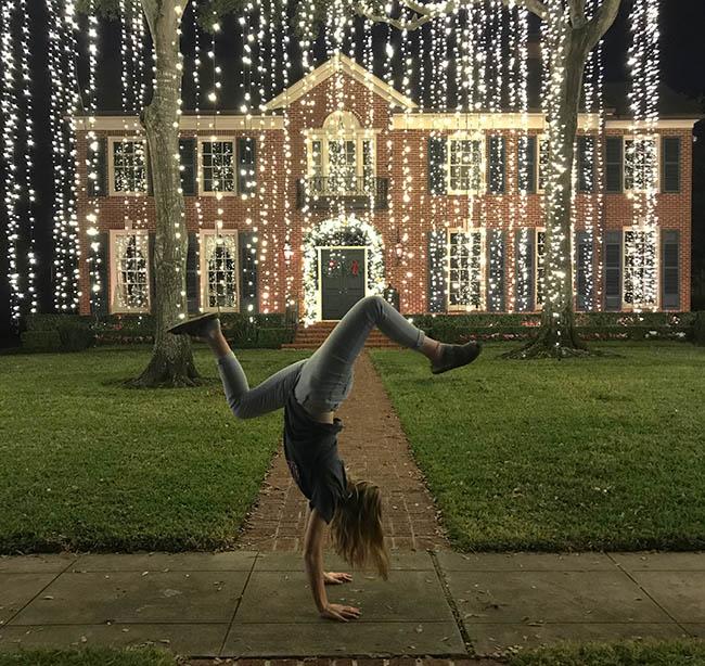 Houston Oaks: The Best Christmas Lights In Houston