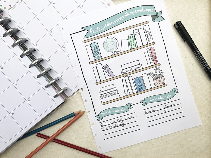 Free reading / book tracker planner printable - Free for personal use. Color in the books as you read them.