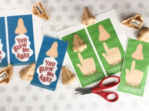 Adorable Free Printable Nose Valentines – Which One Do You Want to Print for Valentines? You Blow Me Away or I Pick You Valentine?