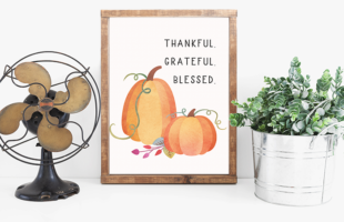 Free Fall Printable – Thankful. Grateful. Blessed.