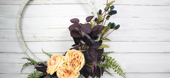My Favorite Wreath – The DIY Fall Hoop Wreath
