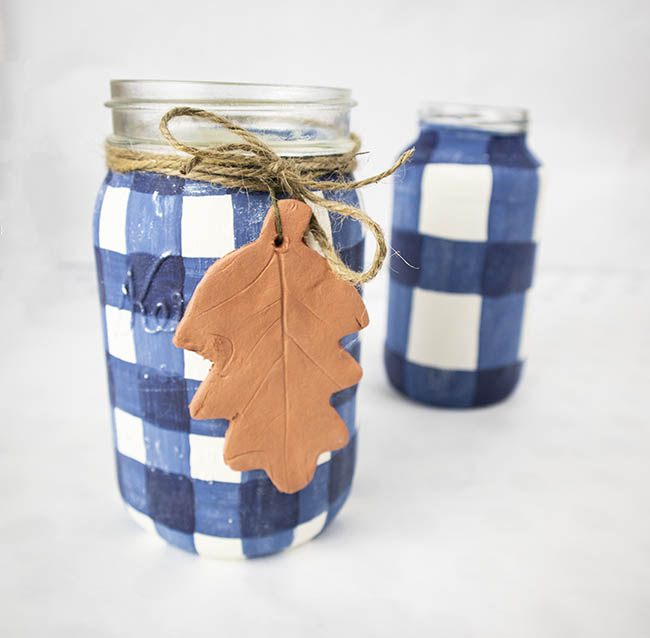 Buffalo check mason jar - easy DIY fall decor