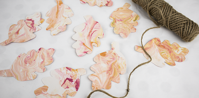 Marbled Paper Leaves – Beautiful Fall Decorations You Can Make!
