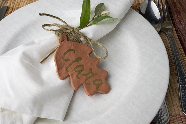 Easy way to make fall or thanksgiving name cards using air dry clay.