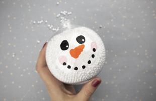 Snowman Christmas Ornament – Easy Dollar Store Christmas Craft