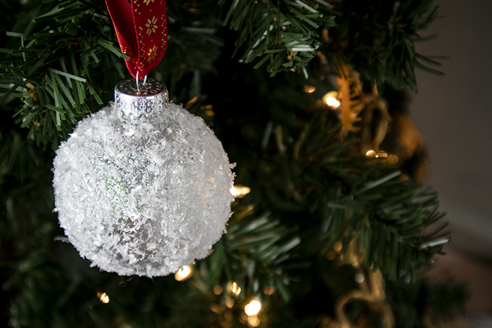 Snowball Christmas Ornament Easy Diy Christmas Ornament Clumsy