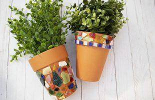 Easy DIY Mosaic Garden Pots