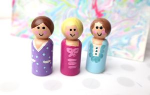 How to Paint Peg Dolls – Simple Craft to Entertain Kids